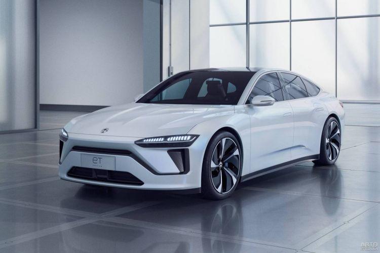 В Шанхае представлен новый конкурент Tesla