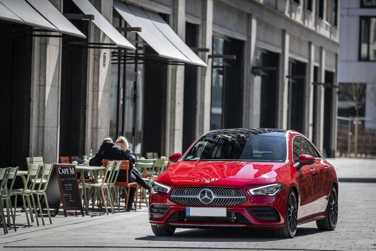Mercedes-Benz CLA: ярче и стремительнее