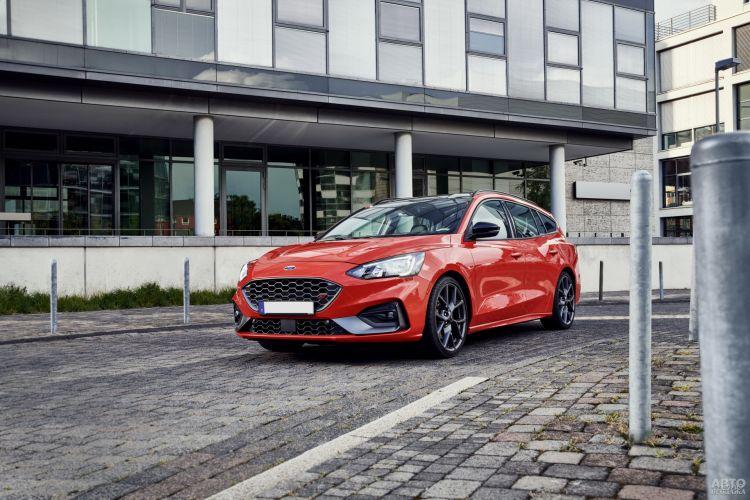 Ford Focus ST Turnier: универсал с огоньком