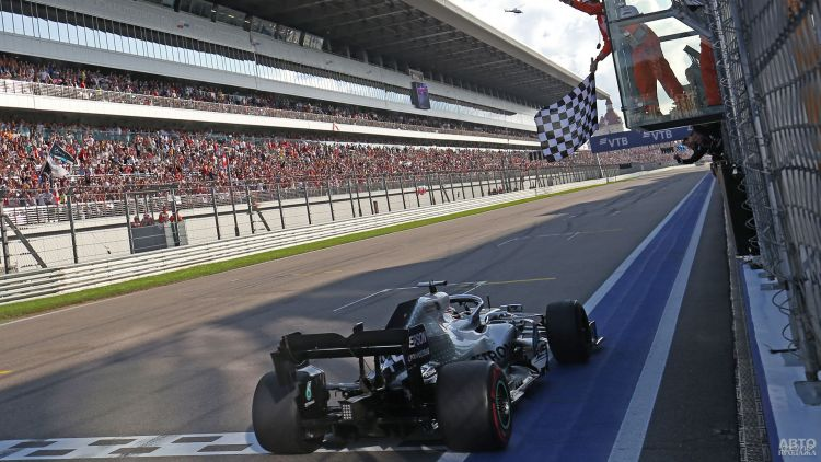 Формула-1: реванш Хэмилтона в Сочи