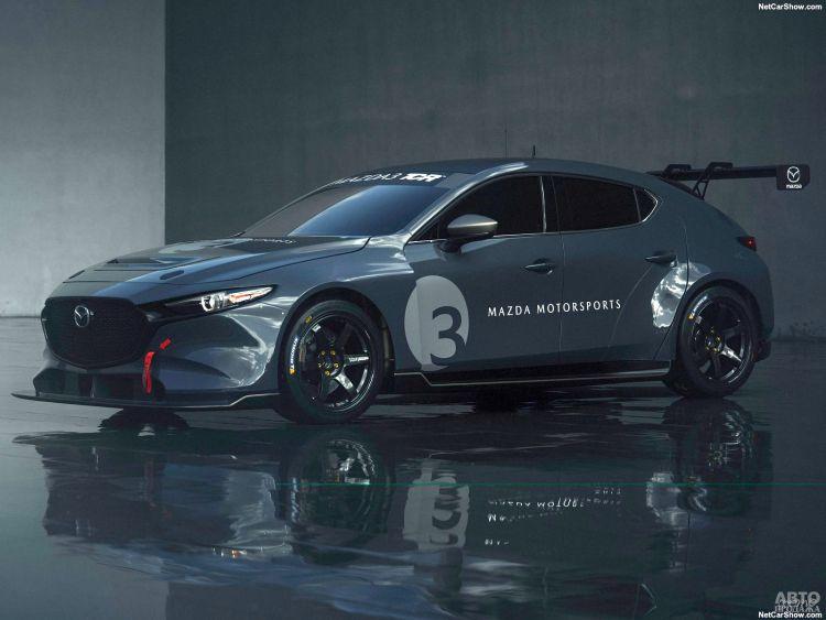 Mazda 3 идет в автогонки