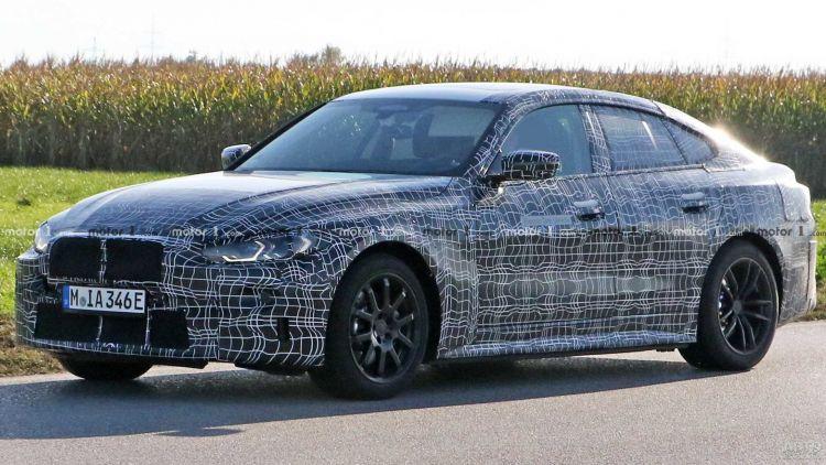 Новый электромобиль BMW засняли на тестах