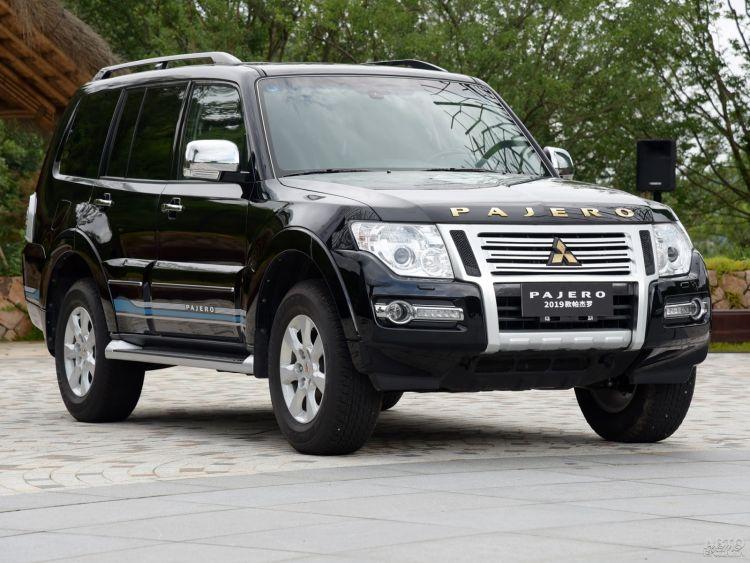Mitsubishi Pajero и Nissan Patrol станут родственниками