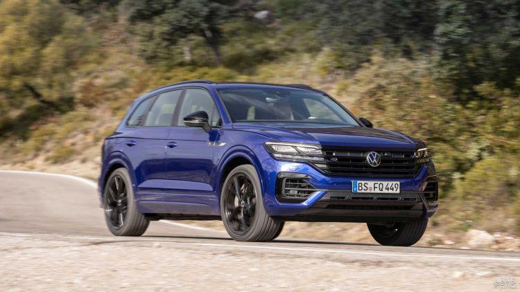 Volkswagen Touareg получил мощную гибридную версию