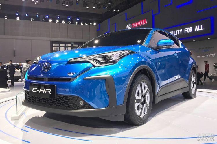 Toyota C-HR стал электромобилем
