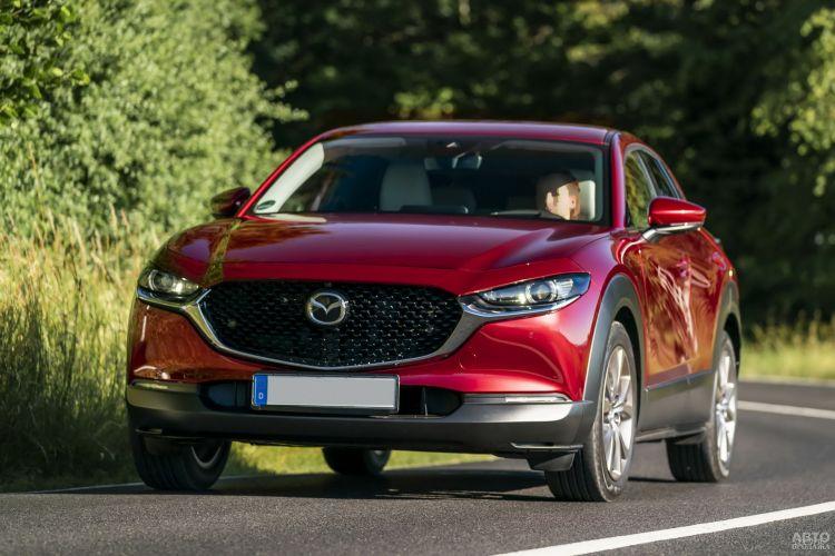 Mazda CX-30, Mercedes-Benz GLA и Subaru XV: во вседорожном стиле