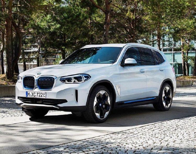 Первые фото электромобиля BMW iX3