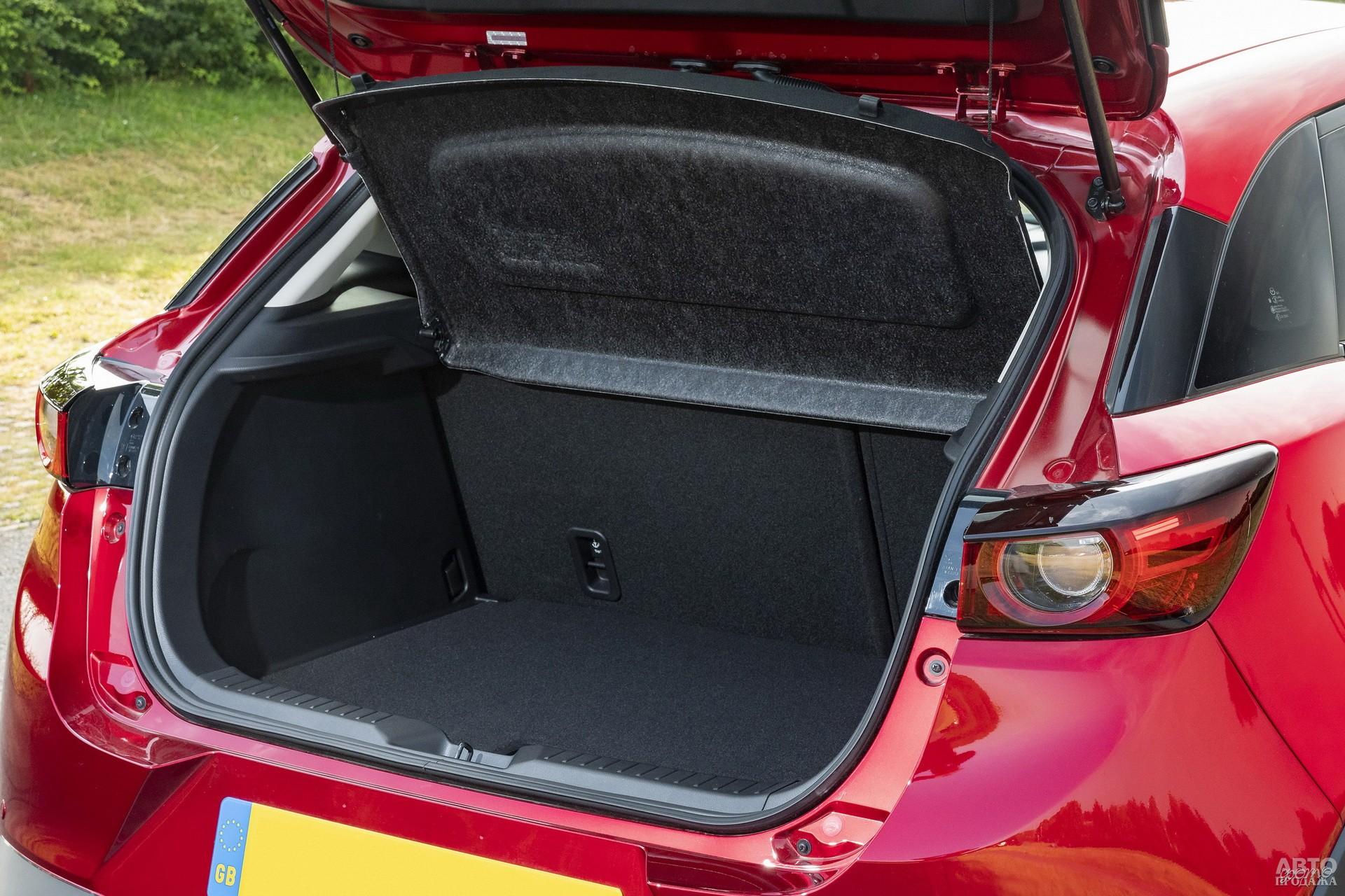 У Mazda в распоряжении – 350 л