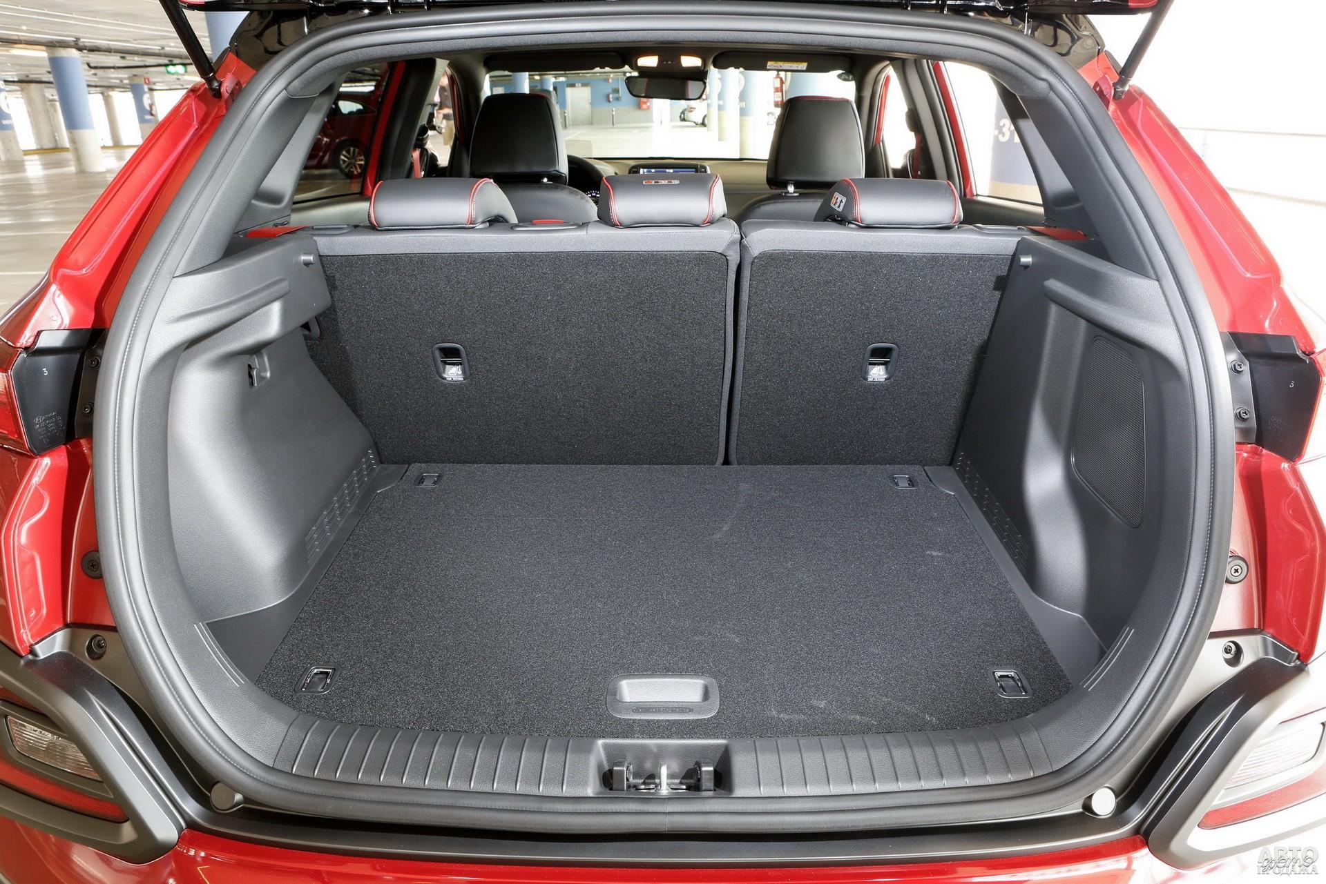 Багажник Hyundai чуть боле, чем у соперников – 361 л