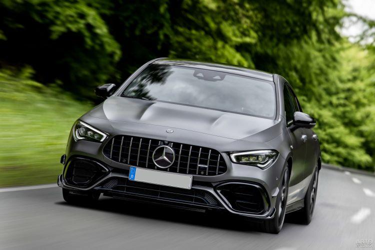 Mercedes-AMG CLA45: элегантный и быстрый