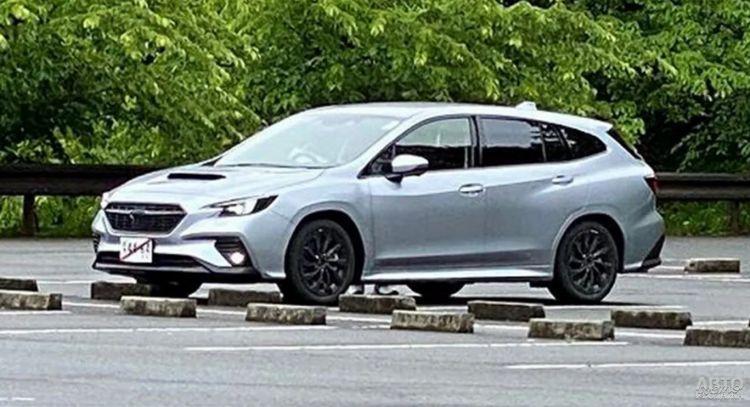 Новый универсал Subaru засняли на тестах