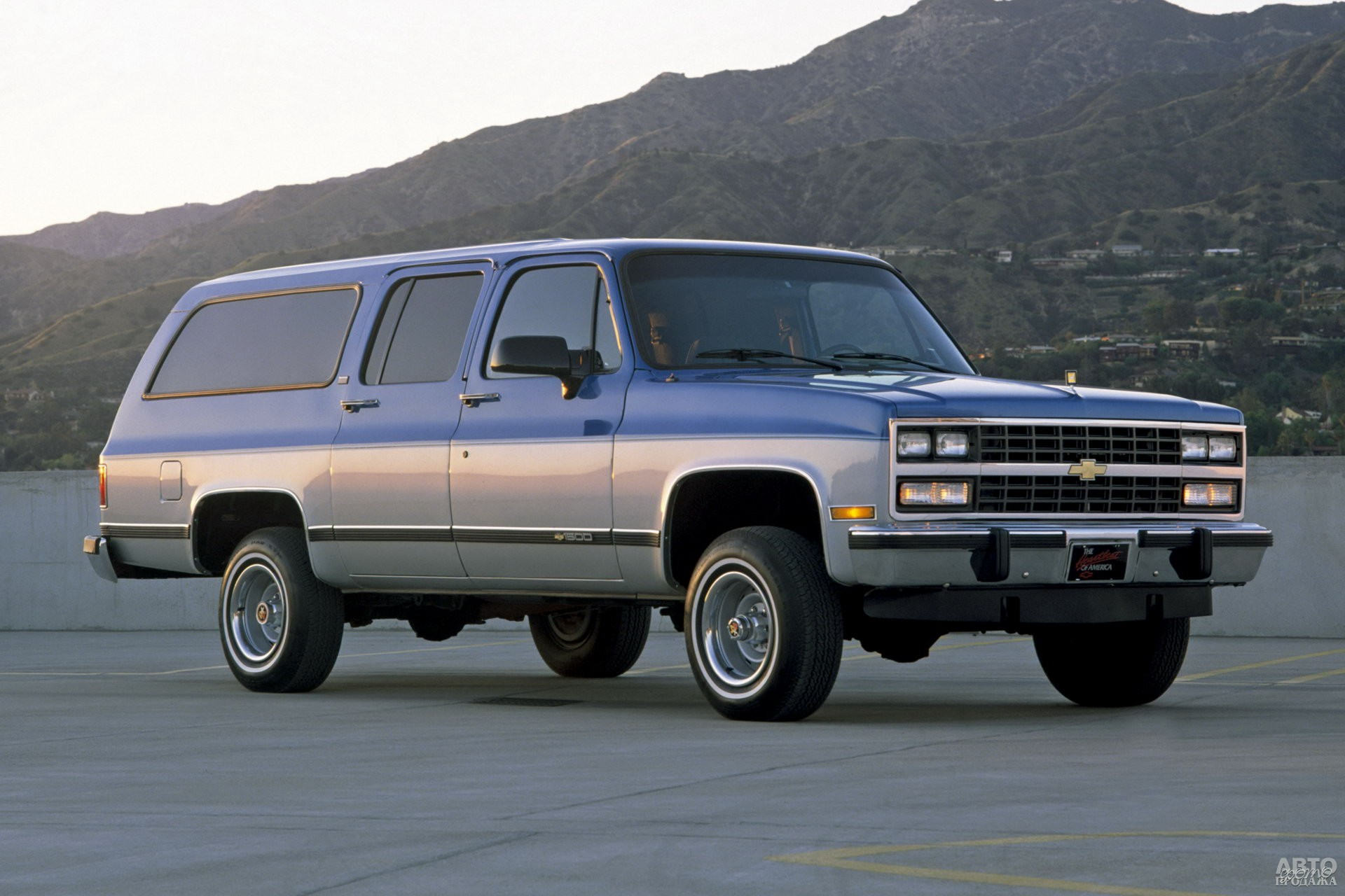 Модель восьмого поколения выпускалась вплоть до 1991 года