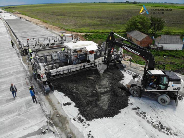 В Украине уже в нынешнем году откроют новую бетонную дорогу