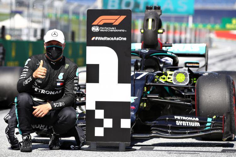 Формула-1: Боттас побеждает в первой гонке сезона
