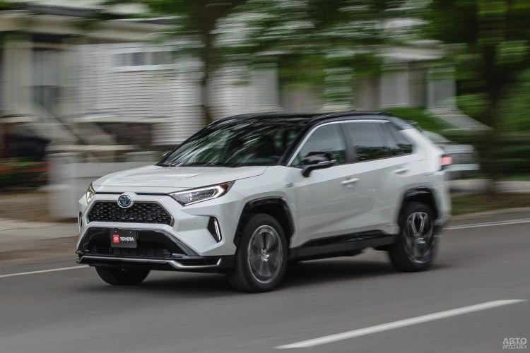Toyota RAV4 Plug-in Hybrid: экономная мощь