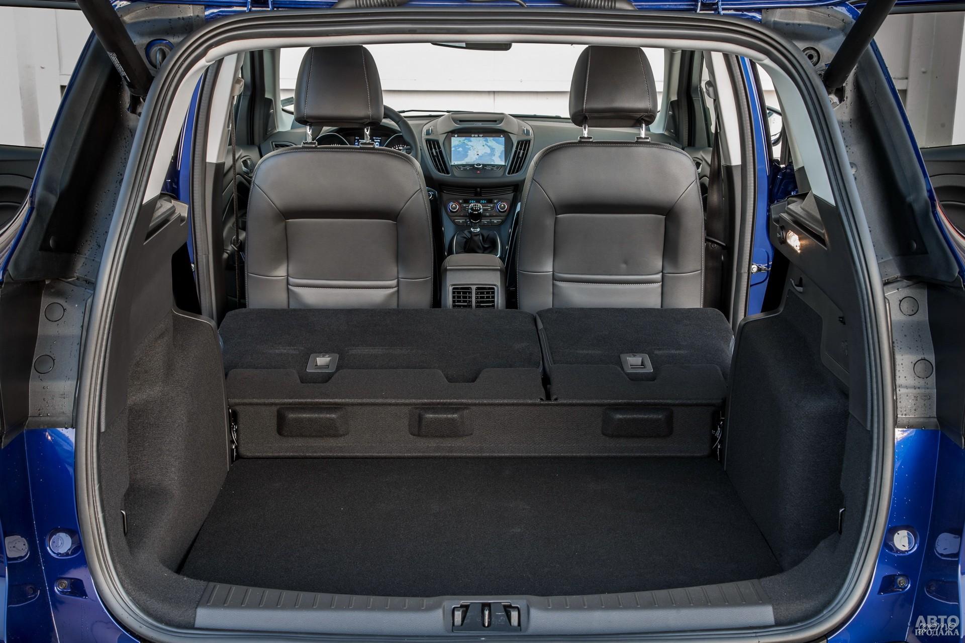 Объем багажника Fоrd – 456 л