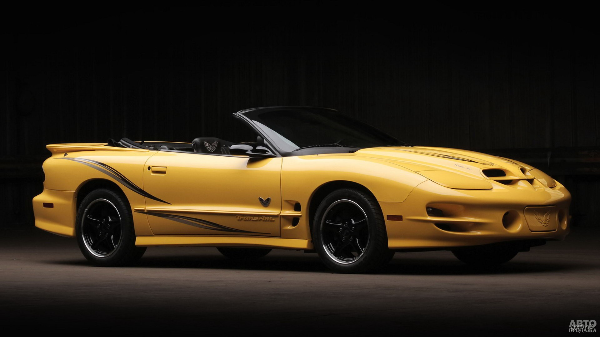 Последний Pontiac Firebird 2000 года