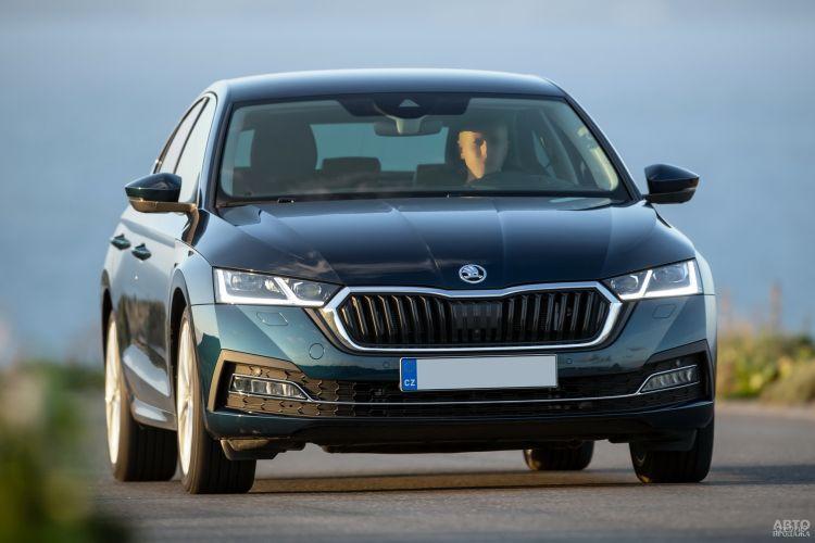 Hyundai Elantra, Renault Megane Sedan и Skoda Octavia: новичок в С-классе против старожилов