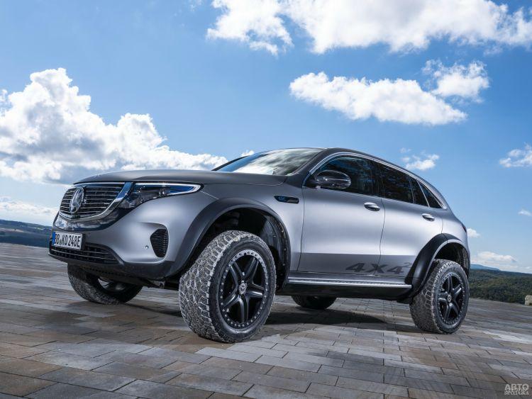 Электромобиль Mercedes-Benz EQC подготовили к сложному бездорожью