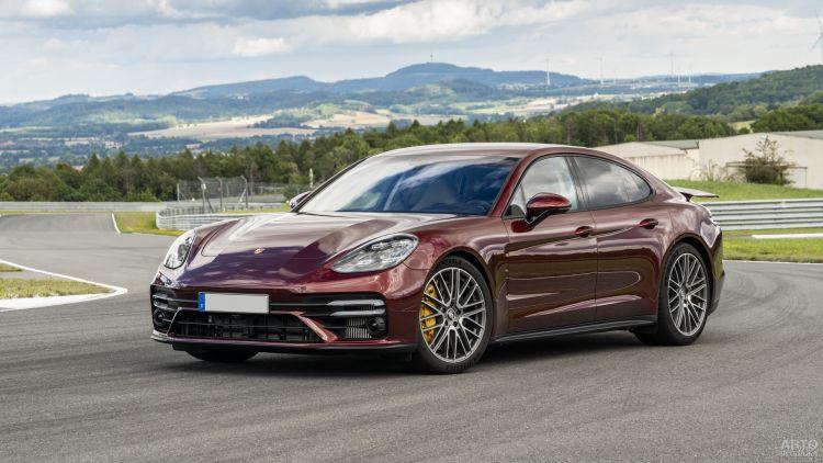 Porsche Panamera: мощнее, быстрее, экономичнее