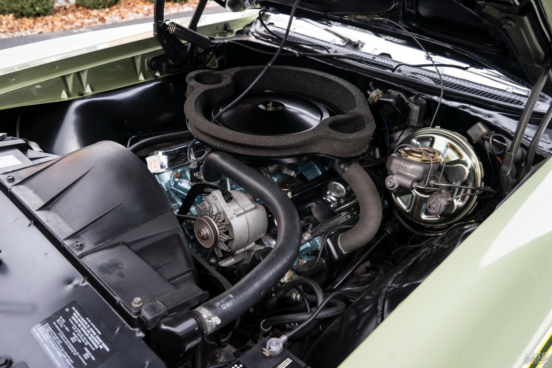 Двигатели Pontiac GTO оснащали системой динамического наддува Ram Air