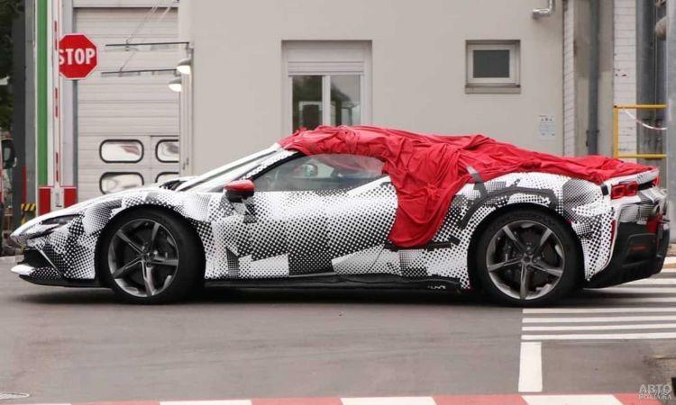Первые фото нового кабриолета Ferrari
