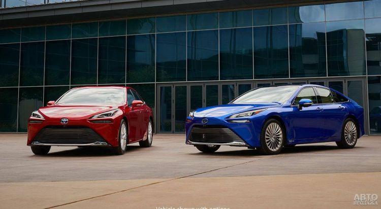 Toyota Mirai: смена поколений