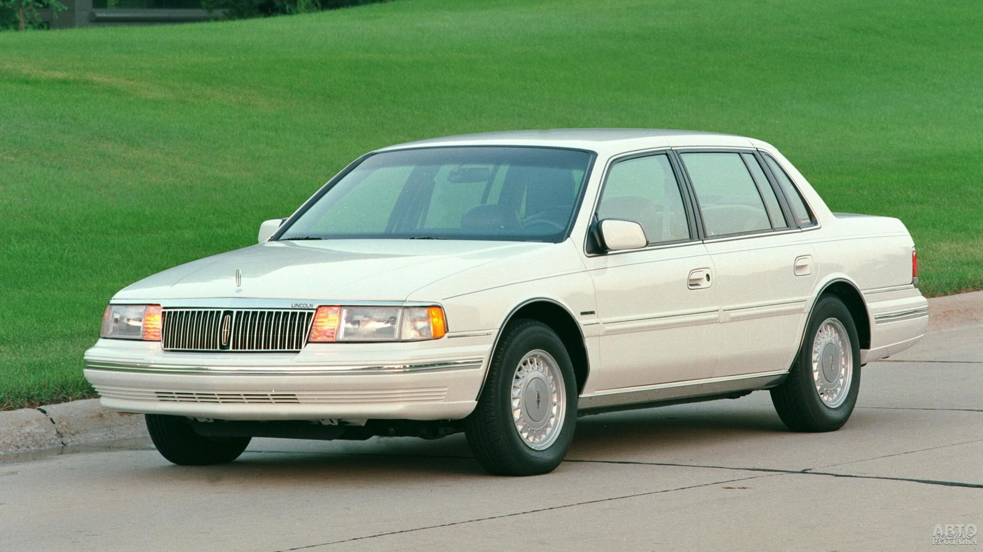 В 1988 году Lincoln Continental стал переднеприводным