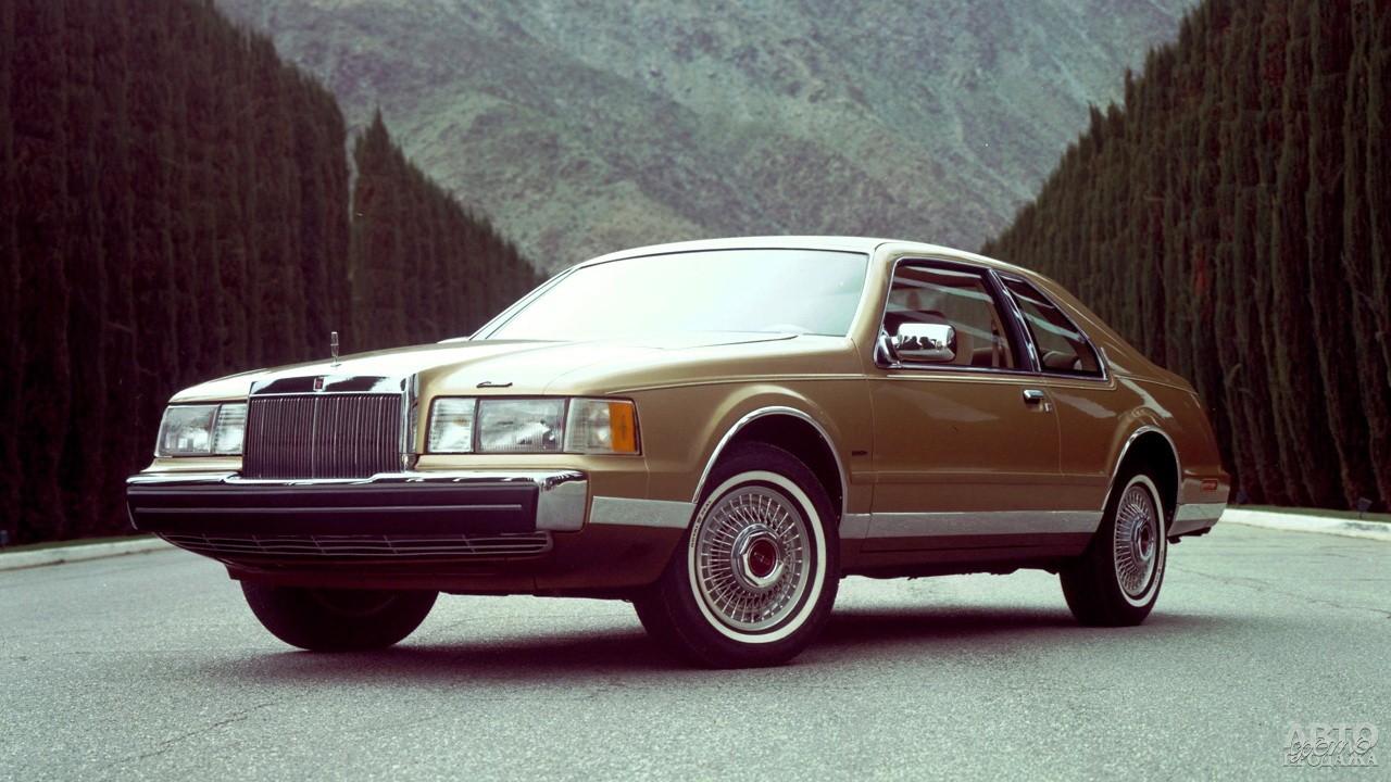 Модель 1983 года стала компактнее и экономичнее