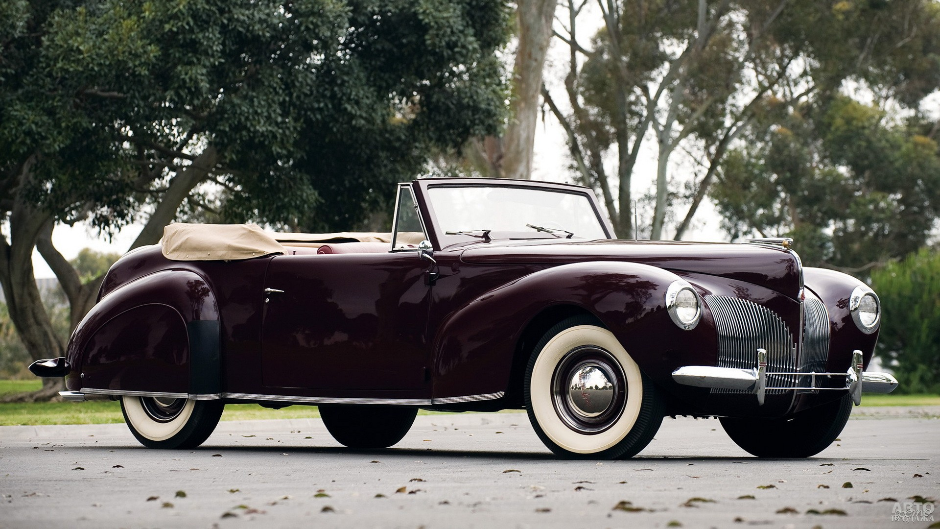 Серийный Lincоln Continental 1940 года