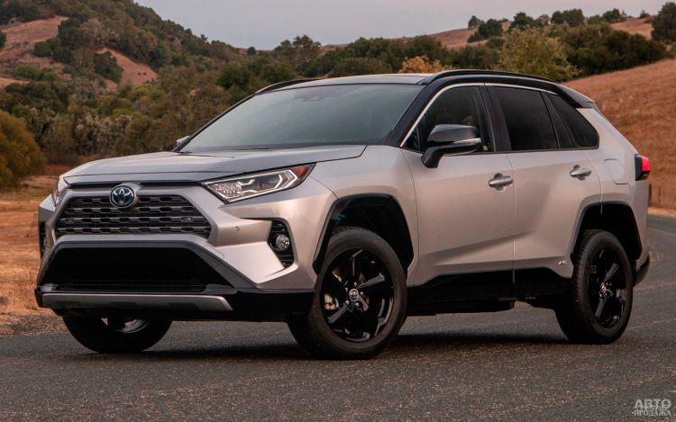 Продажи новых автов  Украине снова упали