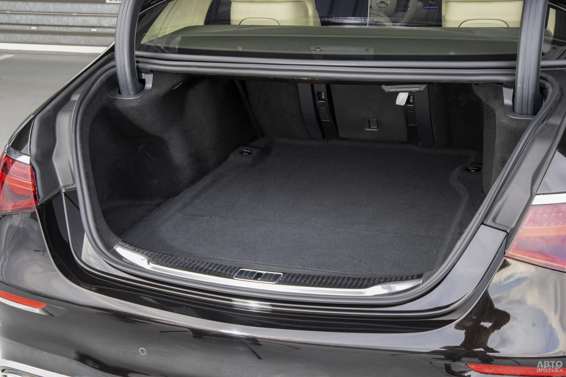 Багажник Mеrcedes-Benz самый большой – 550 л
