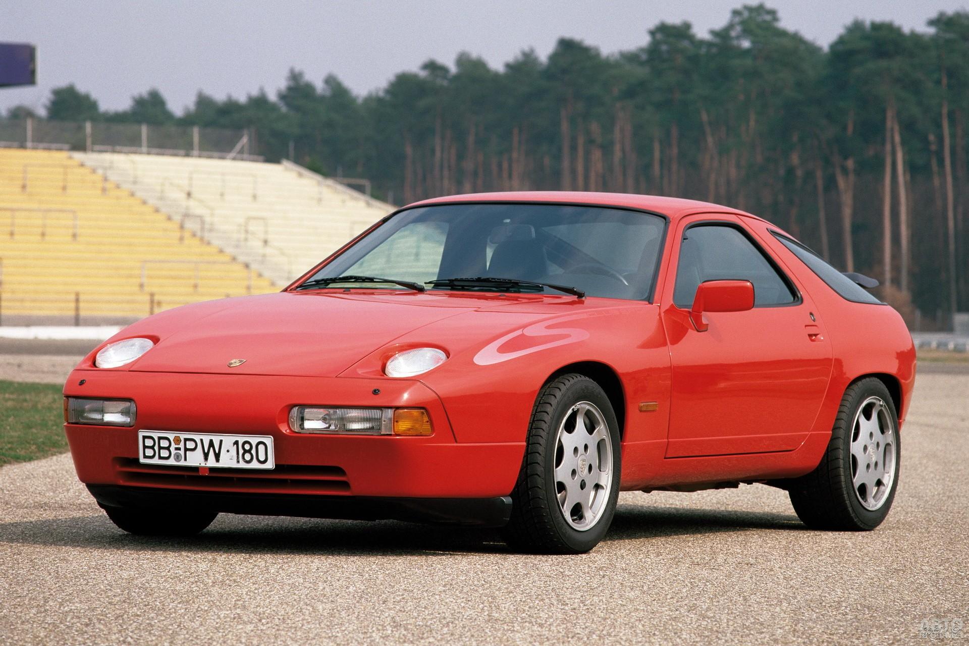 Porsche 928 Club Sport 1987 года