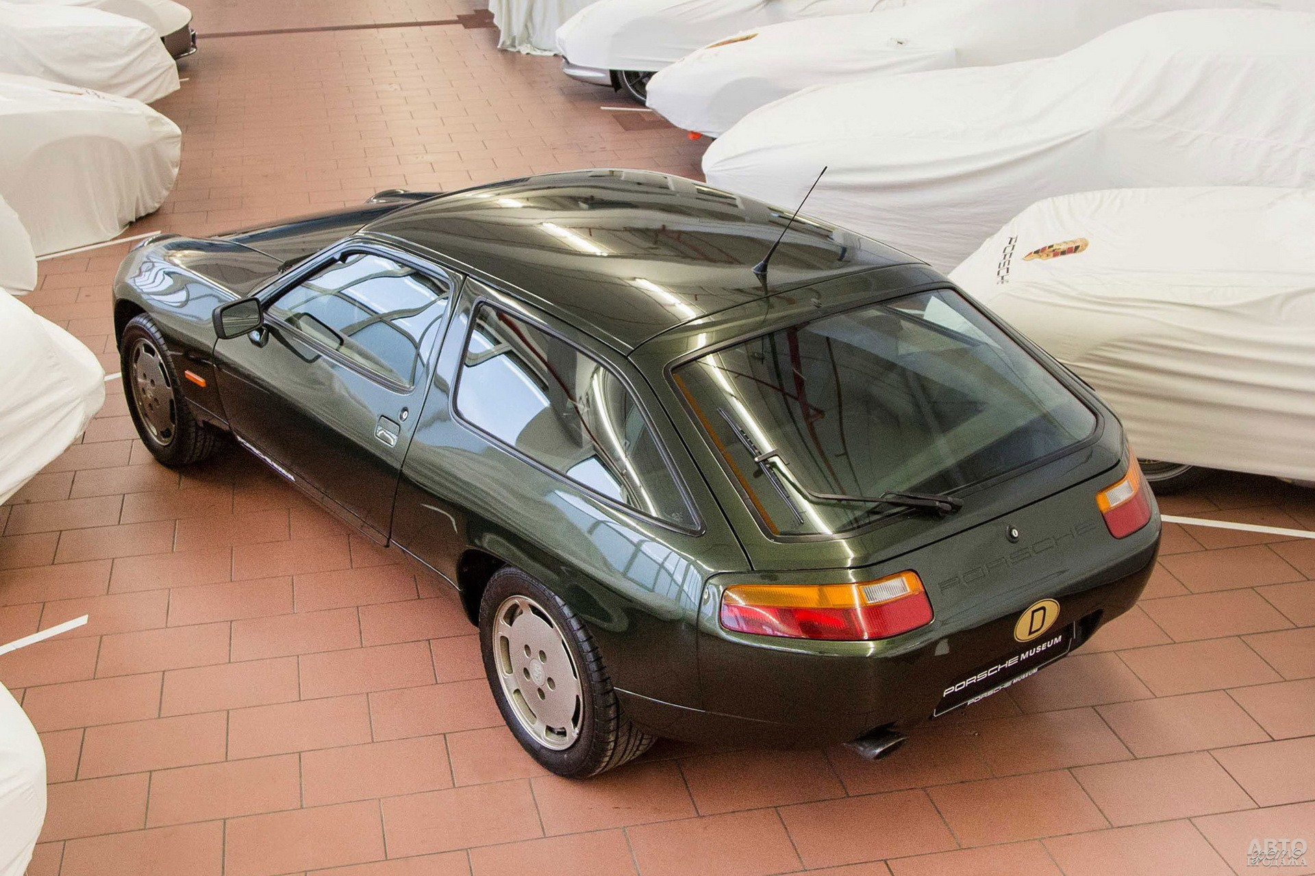 Универсал Porsche 942 создали специально для Фердинанда Порше