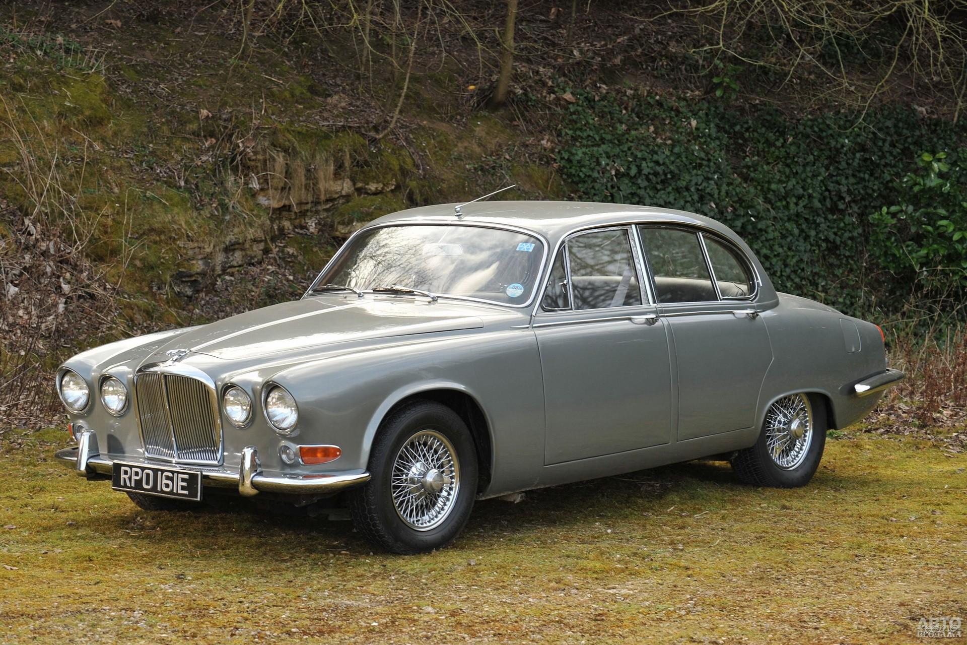 Jaguar 420 1966 года