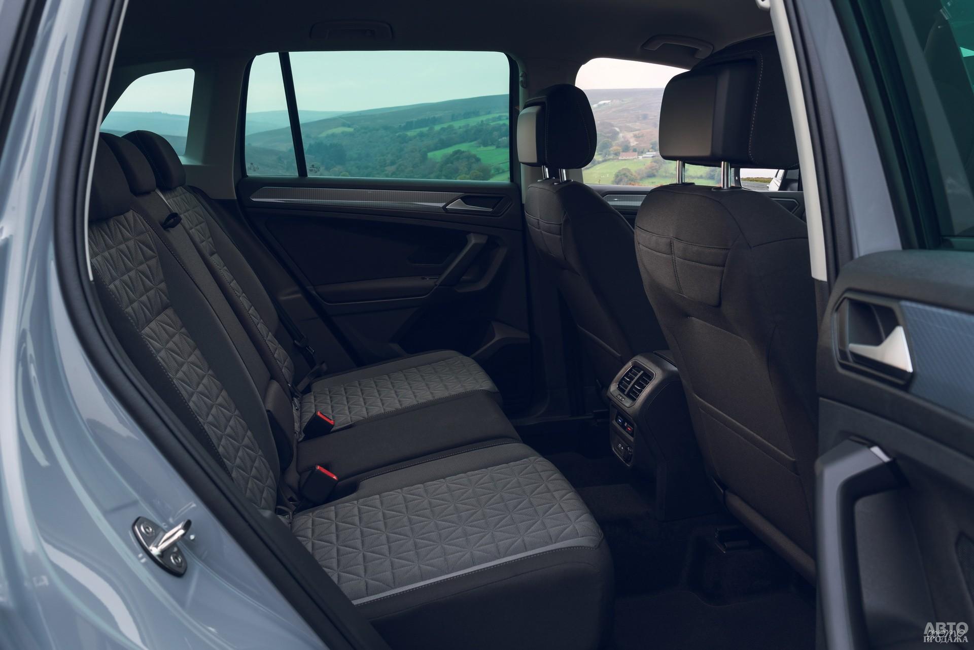 У задних сидений Tiguan есть горизонтальная регулировка