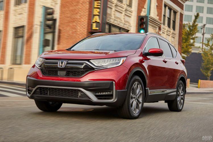 Honda CR-V, Mazda CX-5 и Volkswagen Tiguan: сравнение популярных вседорожников