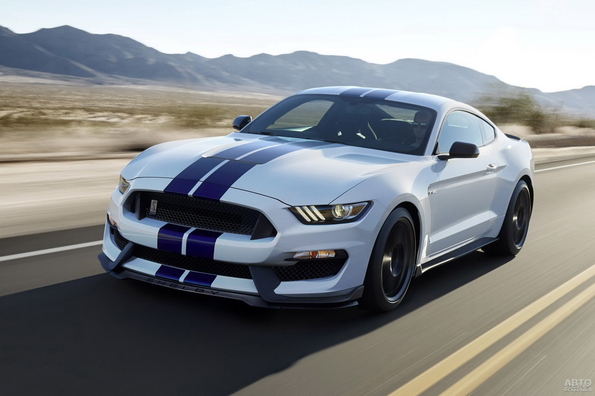 Shelby GT350 2016 года