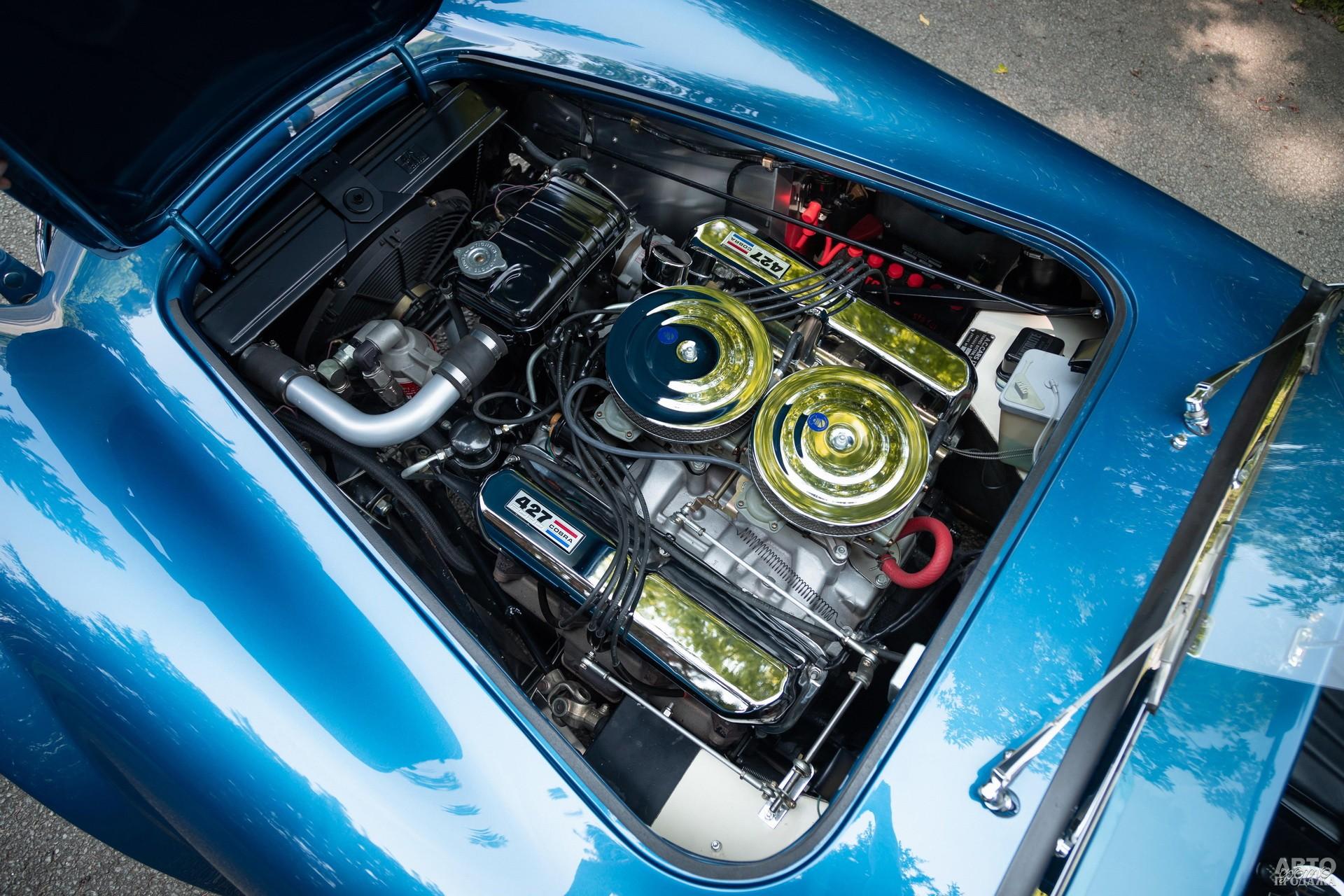 7,0-литровый двигатель Fоrd V8 в Cobra 427 развивал 425-485 л. с.