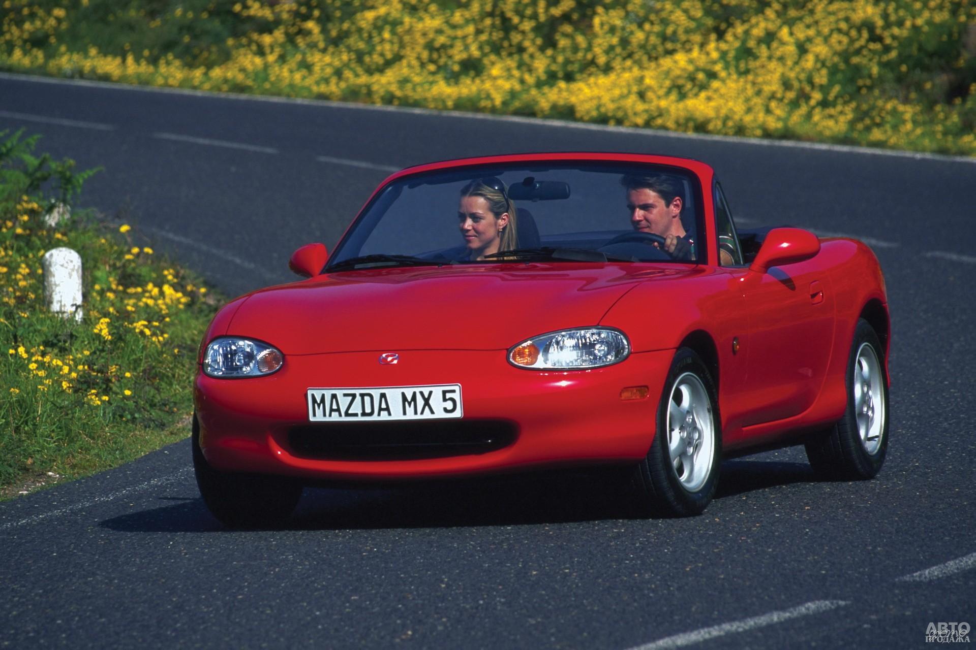Mаzda MX-5 второго поколения появился в 1998 году