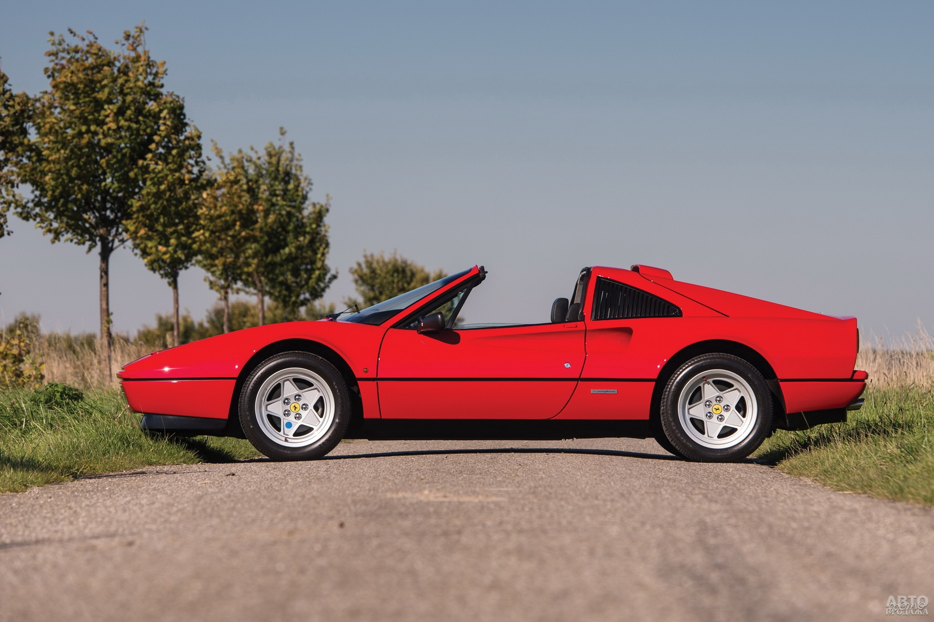 Ferrari 328 GTS 1985 года