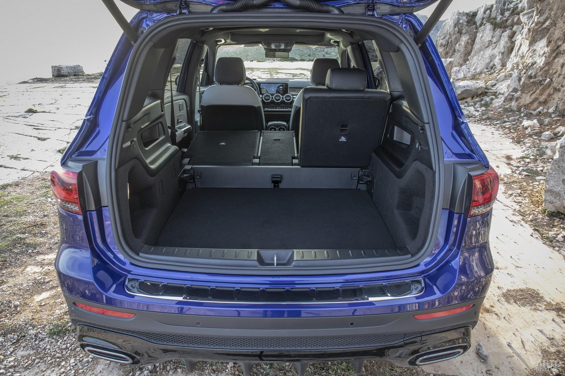 Багажник Mеrcedes-Benz самый вместительный – 565 л
