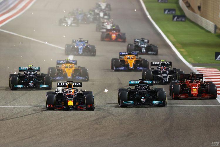 Формула-1: Хэмилтон вырывает победу в первой гонке сезона