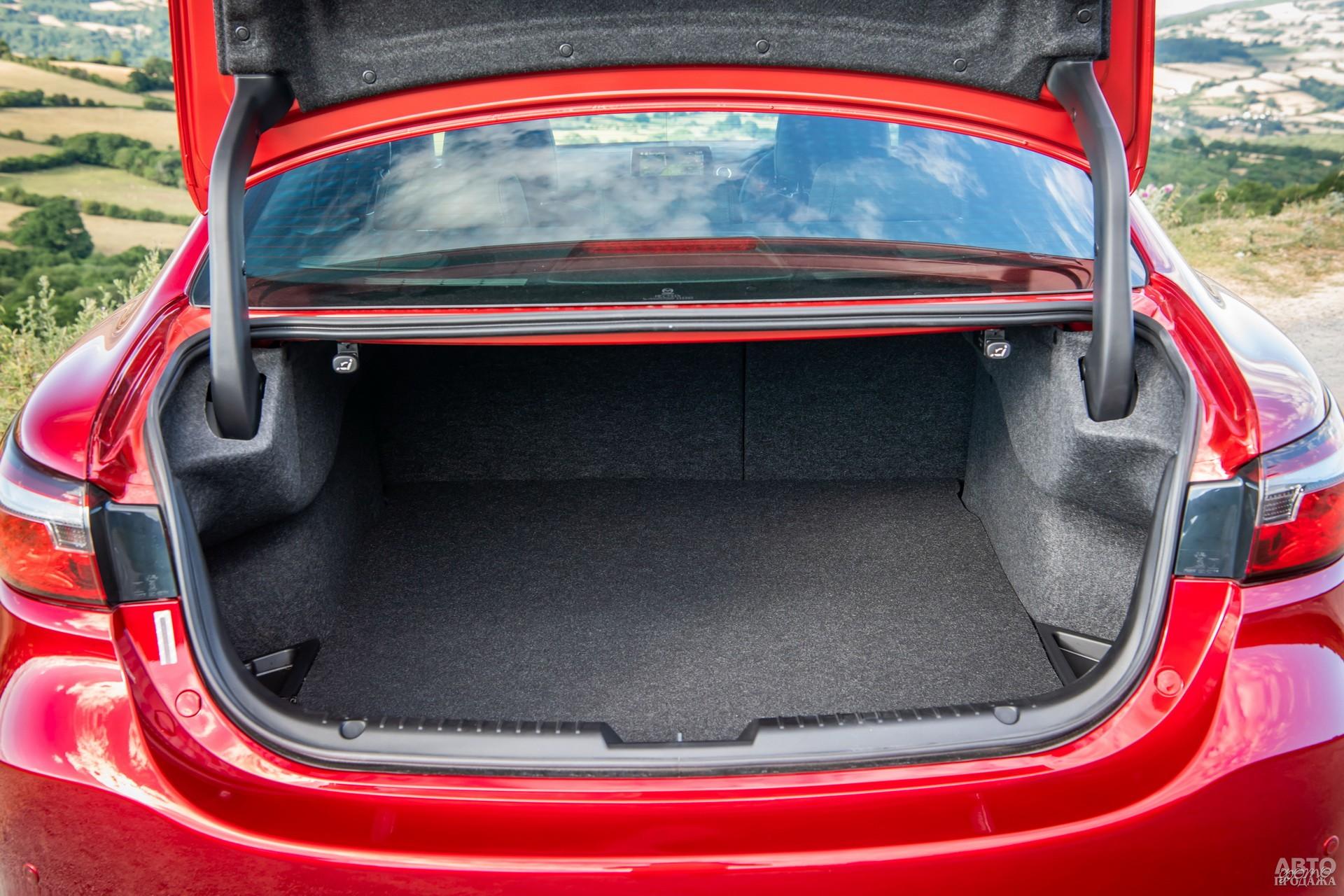 Объем багажника Mаzda – 480 л