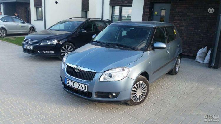 В Украине вступили в силу новые тарифы на растаможку авто