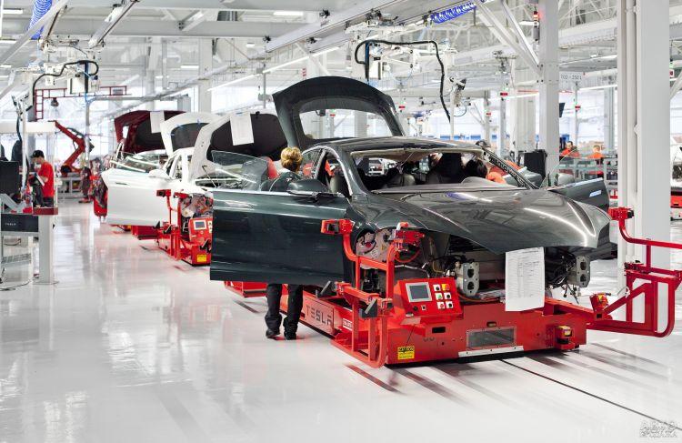 В Украине ввели новые льготы для электромобилей