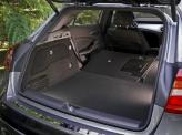 Объем багажника Mercedes-Benz – 421 л
