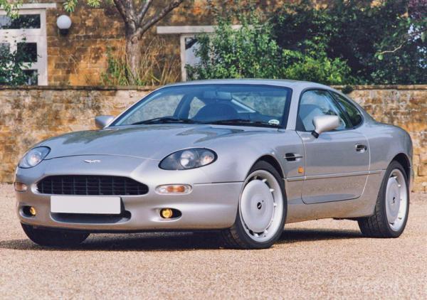 Aston Martin возвращается к шестицилиндровым двигателям