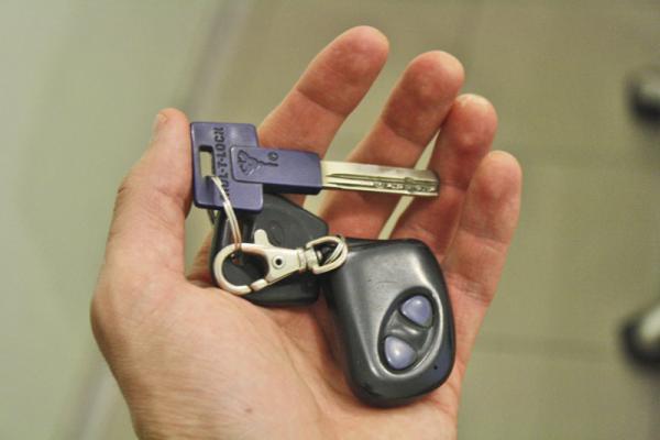 Автомобилем можно будет управлять без доверенностей и талонов техосмотра
