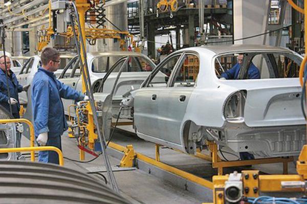 В апреле украинские автопроизводители собрали 7899 автомобилей